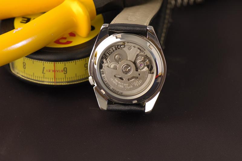 Postez vos fonds de montre en saphir Seiko5_snk393k1_2